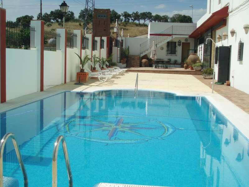 La piscina venta del alto hotel las cumbres restaurante bodas comuniones celebraciones el - Piscinas en alto ...